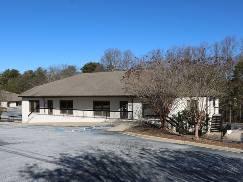 Office sold at 552 Memorial Drive in Greer