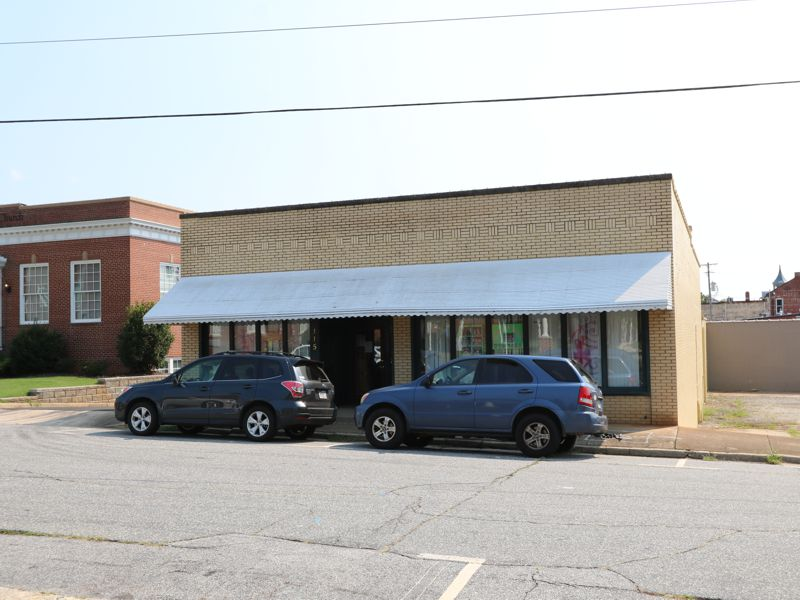 Downtown Greer building sold