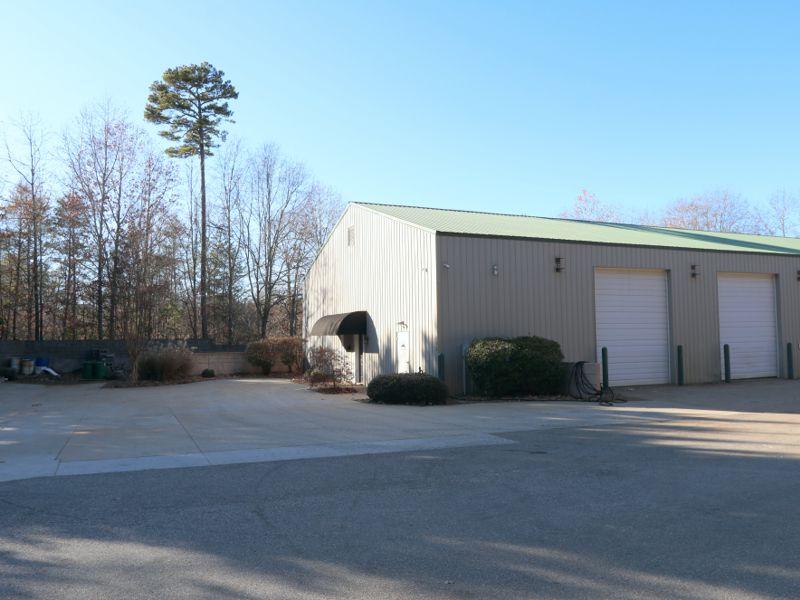 Schrock's Custom Woodworking leases space in Greer