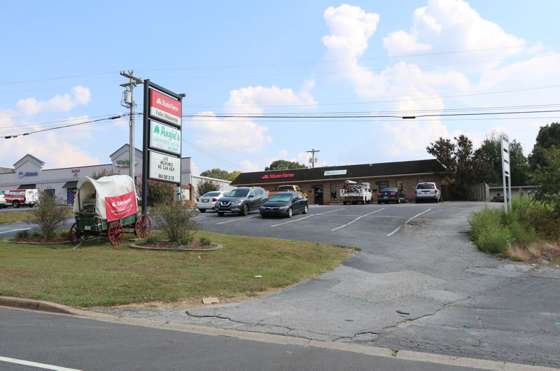Property on Wade Hampton Blvd in Taylors sold